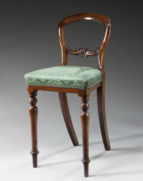 ANTIQUE REGENCY CHILDS MAHOGANY DINING CHAIR
