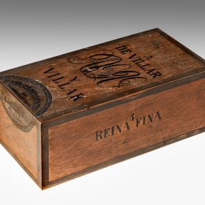 ANTIQUE BRONZE MODEL OF A CIGAR BOX