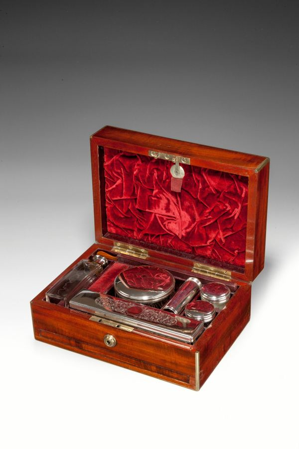 GENTLEMANS DRESSING CASE BY MECHI AND BAZIN