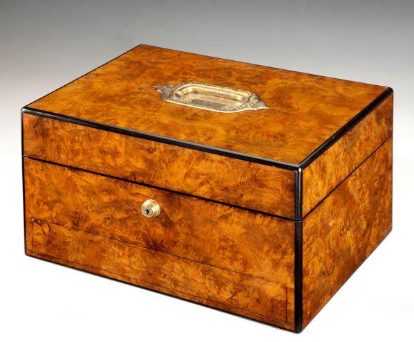 dressing-vanity-case-ladies-burr-walnut-antique-W-J_-Milne-3797_1_3797