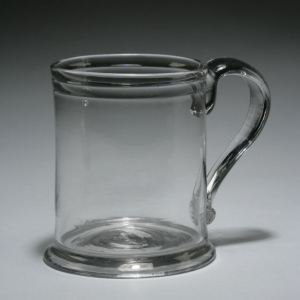 ANTIQUE GEORGE III GLASS QUART TANKARD