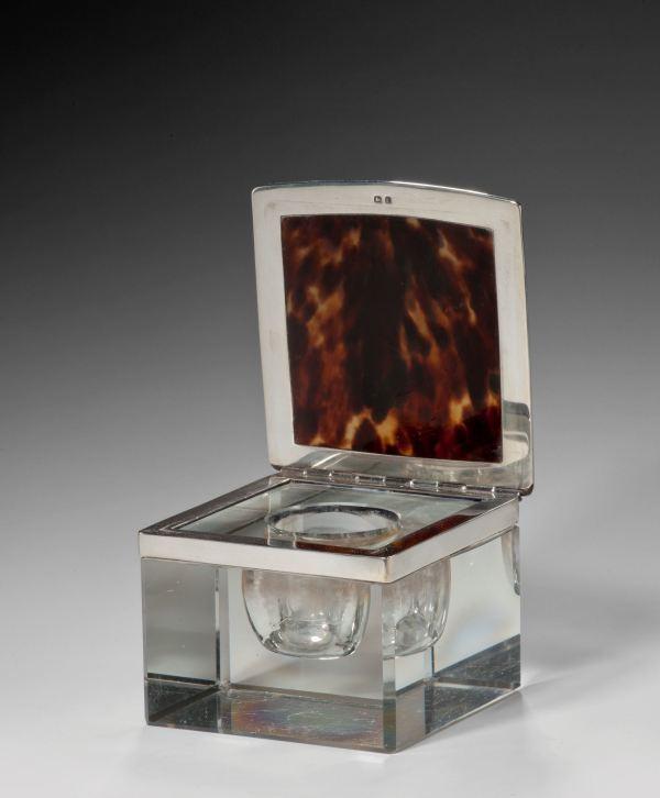ANTIQUE ASPREY SILVER, TORTOISESHELL & GLASS INKWELL