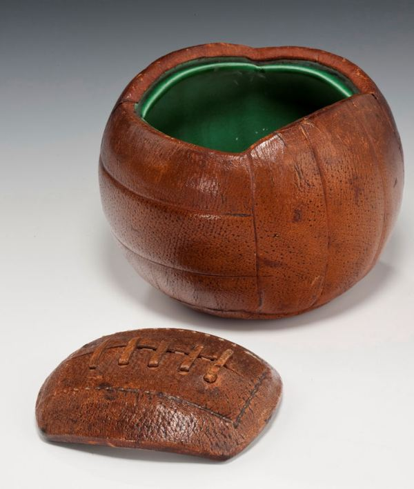 leather-football-desk-stand-antique-299_1_299