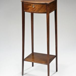 ANTIQUE GEORGE III MAHOGANY BOWFRONT OCCASIONAL TABLE