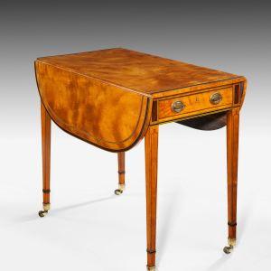 ANTIQUE GEORGE III SATINWOOD PEMBROKE TABLE