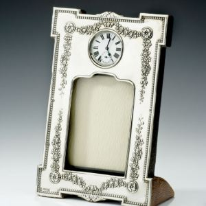 ANTIQUE SILVER PHOTOGRAPH FRAME & WATCH HOLDER