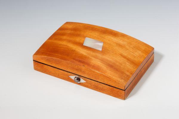 sewing-box-Palais-Royal-satinwood-antique-4693_1_4693