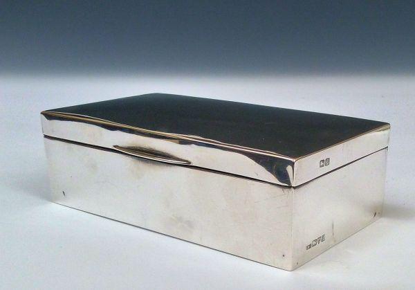 ANTIQUE EDWARDIAN SILVER CIGARETTE TABLE BOX