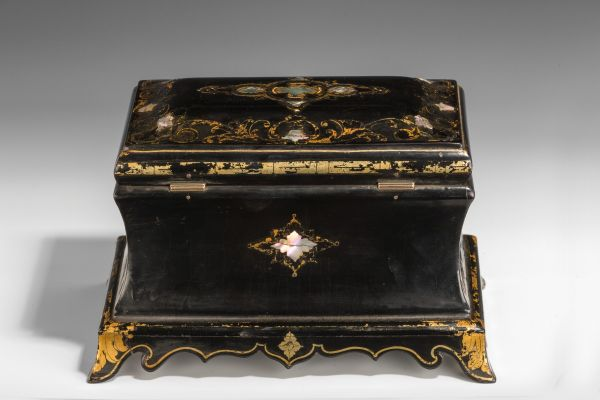 tea-caddy-papier-mache-Jennens-Bettridge-sarcophagus-antique-5425_1_5425