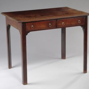 ANTIQUE GEORGE III MAHOGANY CENTRE WRITING TABLE