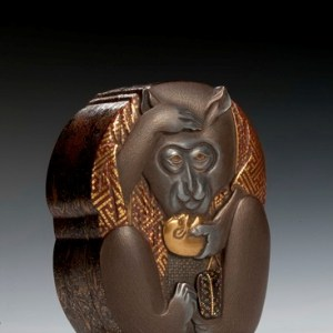 JAPANESE WOODEN BOX DECORATED WITH A MONKEY
