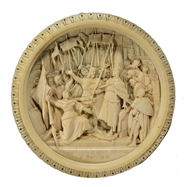 antique-carved-ivory-triptych-jeanne-joan-arc-dieppe-for-sale-DSC_9750