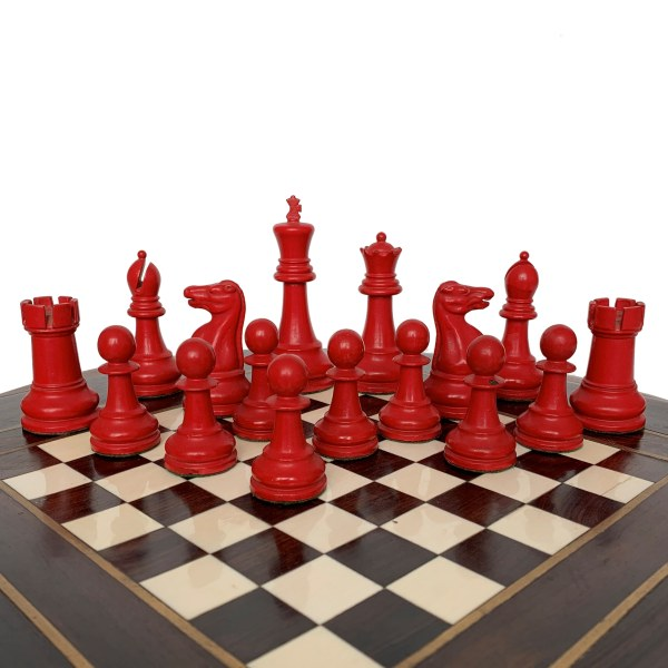 jaques-staunton-lacquered-chess-set-red-white-boxwood-green-label-IMG_3488a