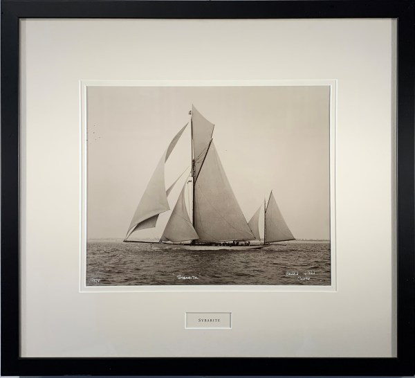yacht-photograph-solent-sybarite-beken-of-cowes-_5729