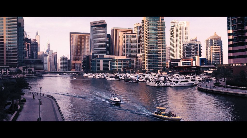 Cinematic iPhone Footage - Dubai Marina 100%