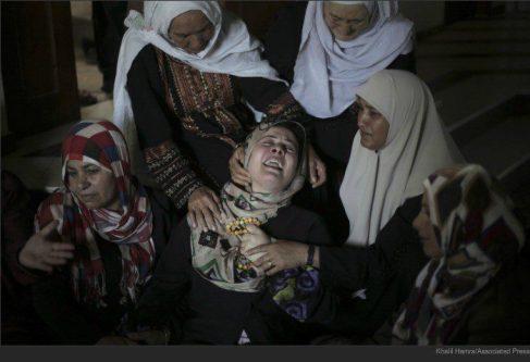 gaza mother mourns