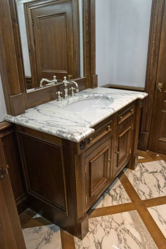 Basin top and flooring
