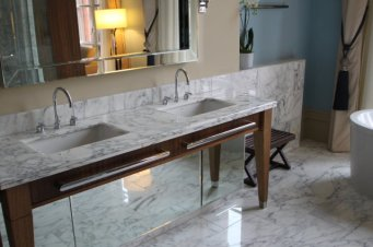 St Pancras Hotel guest bathroom - vanity and sink
