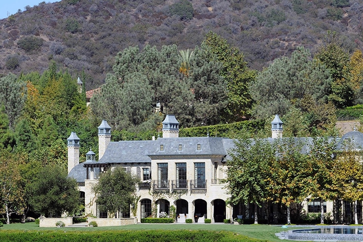 Dr.-Dre-Buys-Gisele-Bundchen-Tom-Brady-Mansion15