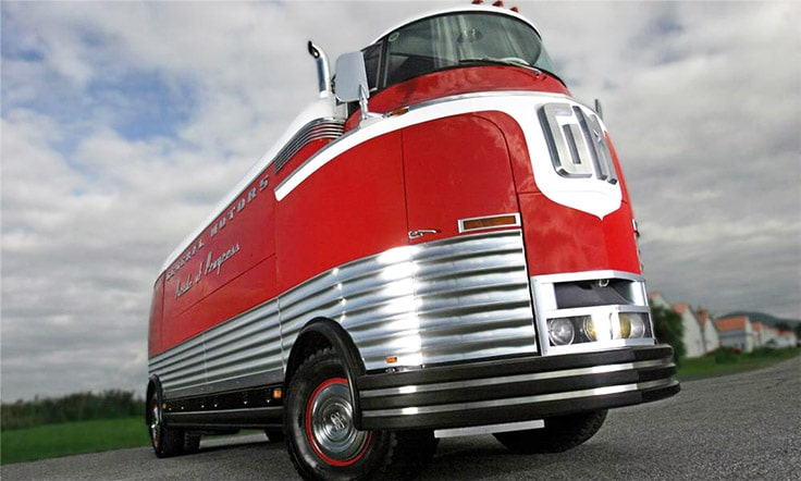 1950-GM-Futurliner-Parade-of-Progress-Bus