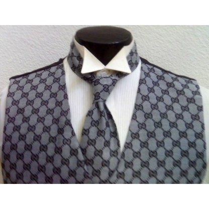 gucci grey vest and tie set