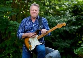 Richie Arndt mit 1956 Fender Stratocaster