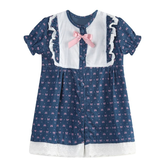 Short Sleeve Top with Bow Print