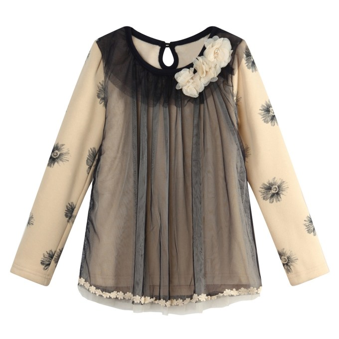 Fashion Top with flowers and pearls