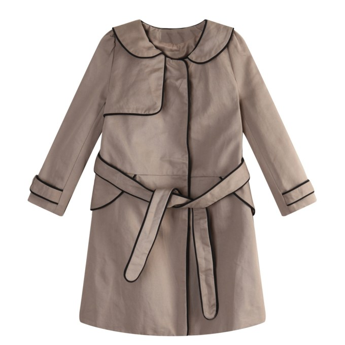 Elegant Long Coat with Contrasting Piping Details