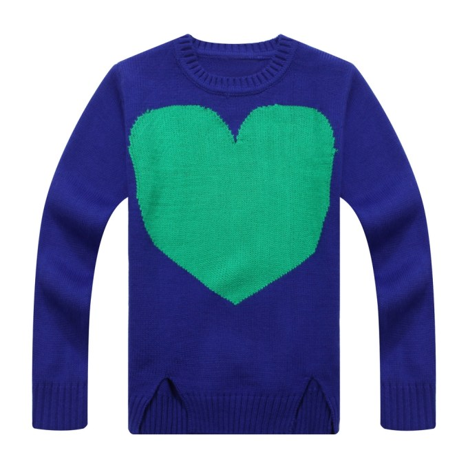 Pull Sweater with Heart Artwork Intarsia in Front