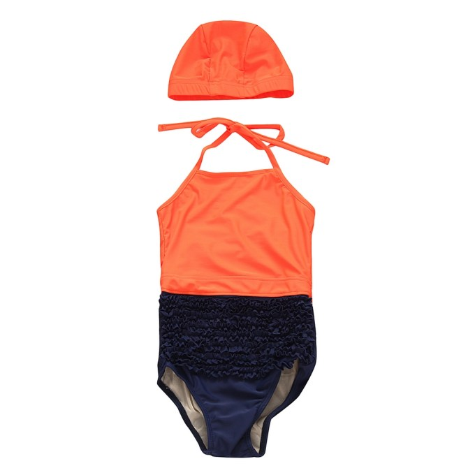 Contrasting Swimsuit with Cap