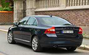 Volvo S80 - luxurious cars