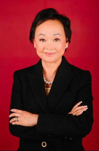 Peggy Cherng self made richest females