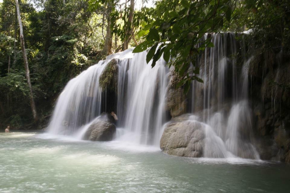 Erawan watervallen in Thailand