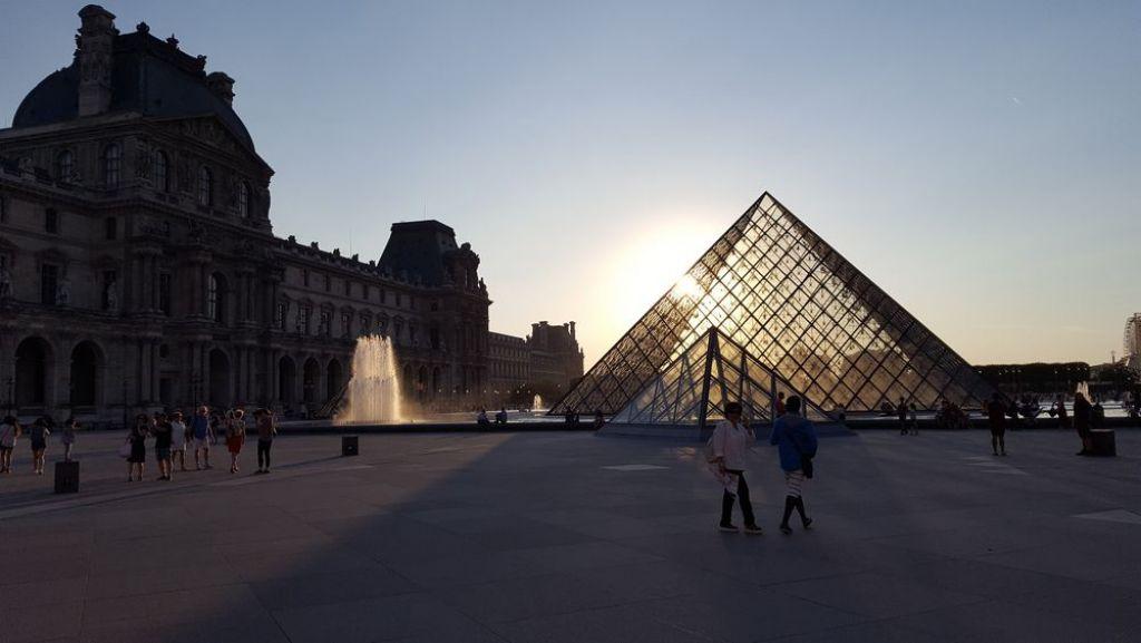 il museo del Louvre