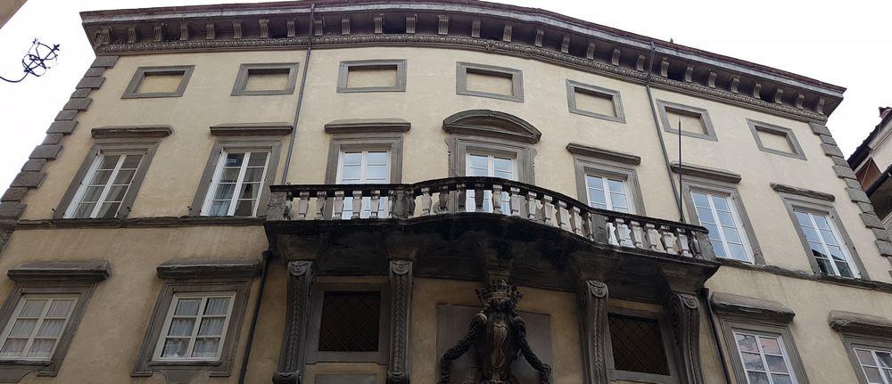 Visitare Lucca angoli di barocco