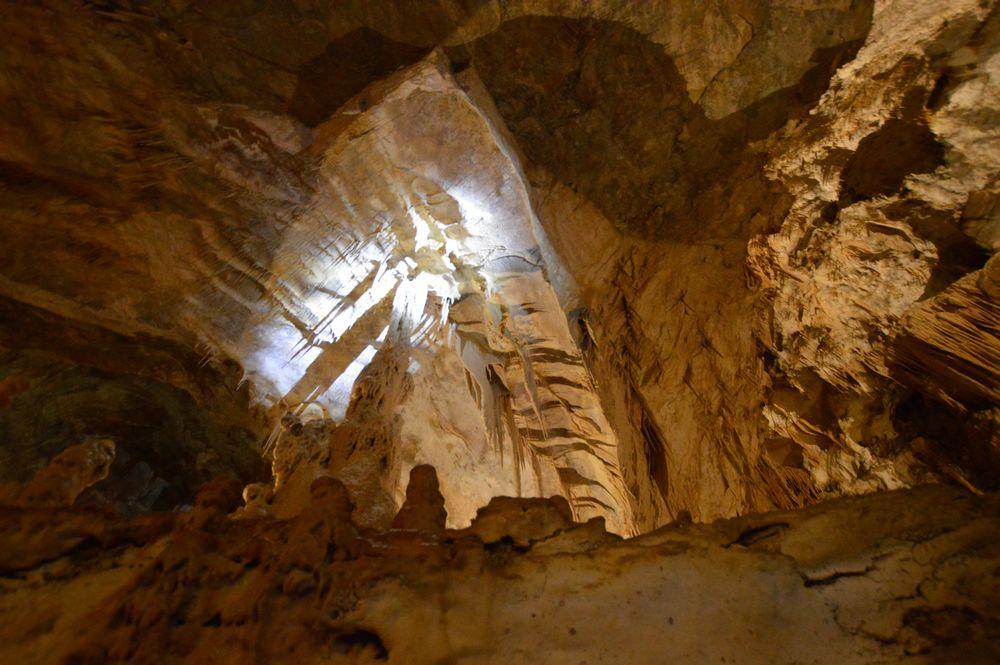 visita alle grotte di frasassi