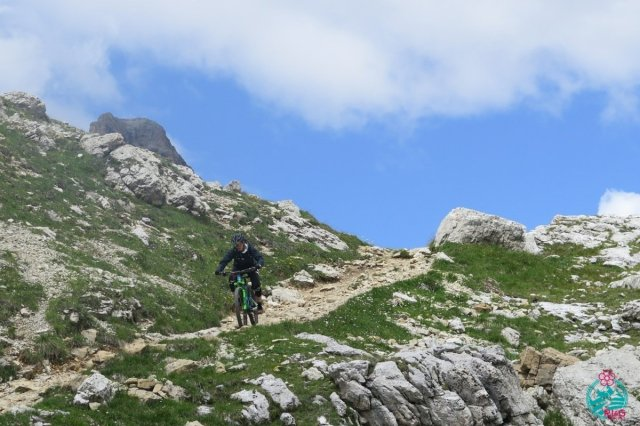cortina in mountain bike dolomiti