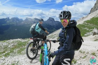cortina in mountain bike segnavia 404