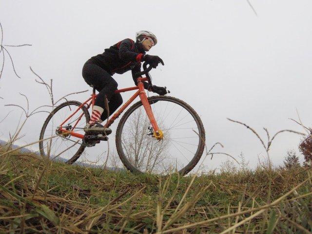 Elena Martinello on Cyclo-cross bike in winter