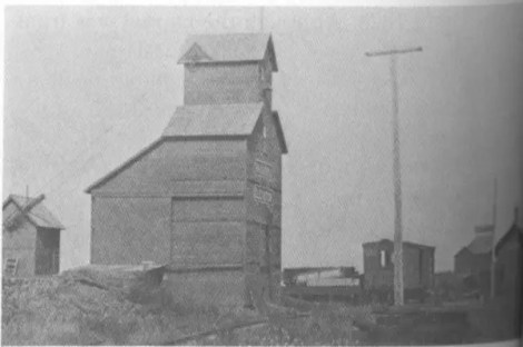 Pleasant Valley, ca. 1910. elevators, switchyard, and the depot. (Courtesty M.C. Rouse)