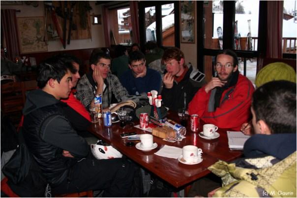 Testeurs autour de la table