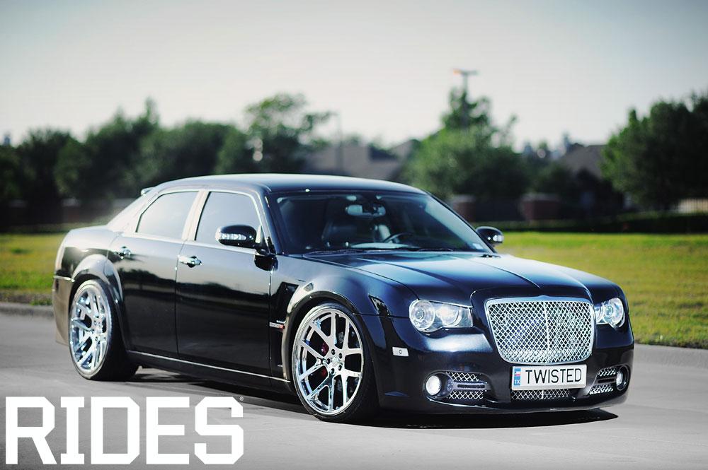 rides cars dfwlx chrysler 300C srt8