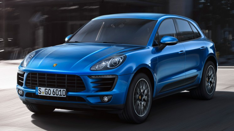 rides porsche macan close up