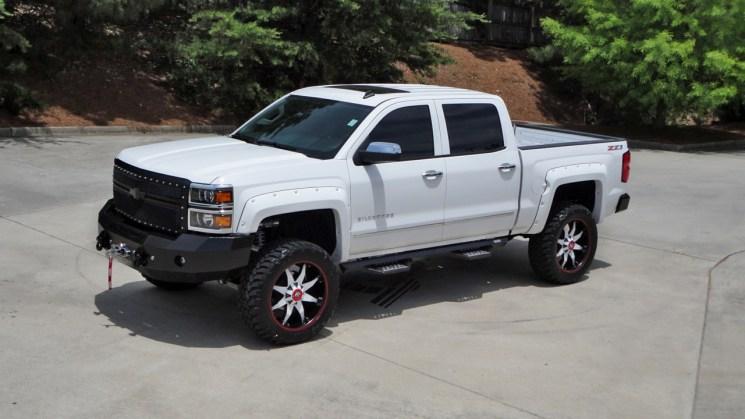 lifted+2015+silverado+fuel+butler+tire+14