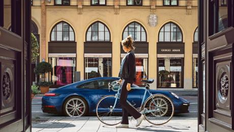 The new 911 – Eye hit with a kick