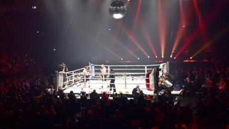 In a ring: Hück vs. Botha