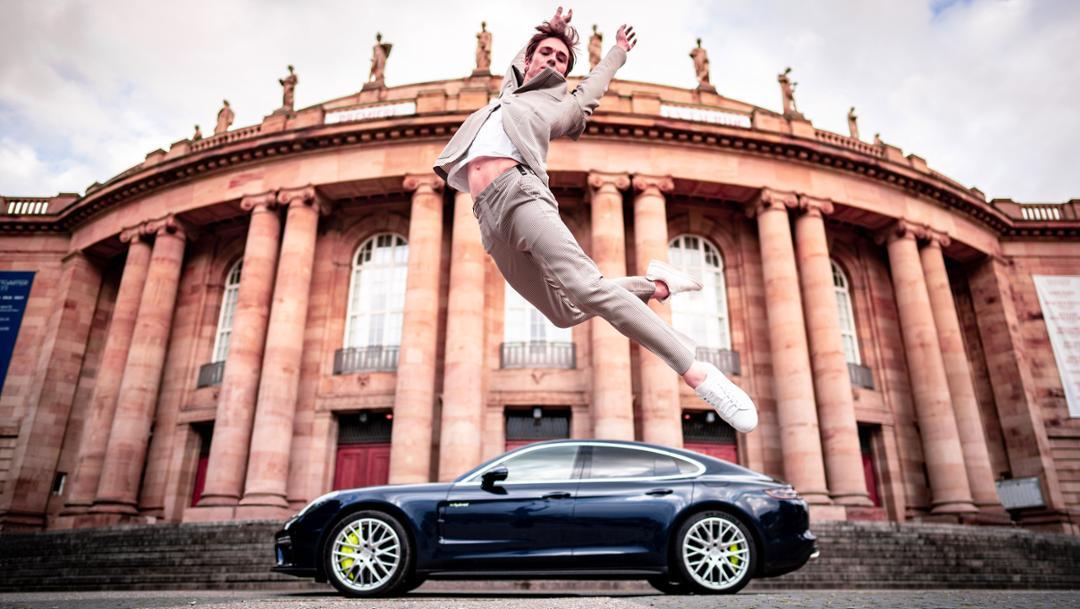 Friedemann Vogel, ballet dancer, Panamera Turbo S E-Hybrid, Stuttgart State Theatre, 2019, Porsche AG