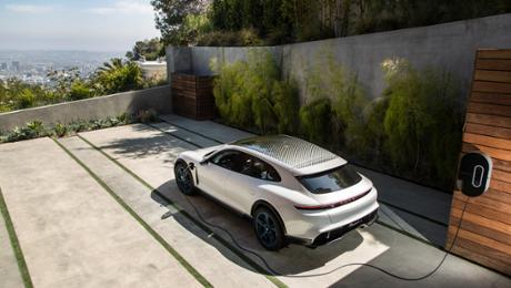 Porsche launches developer competition