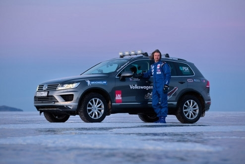 Volkswagen Touareg and Andrey Leontyev on Lake Baikal